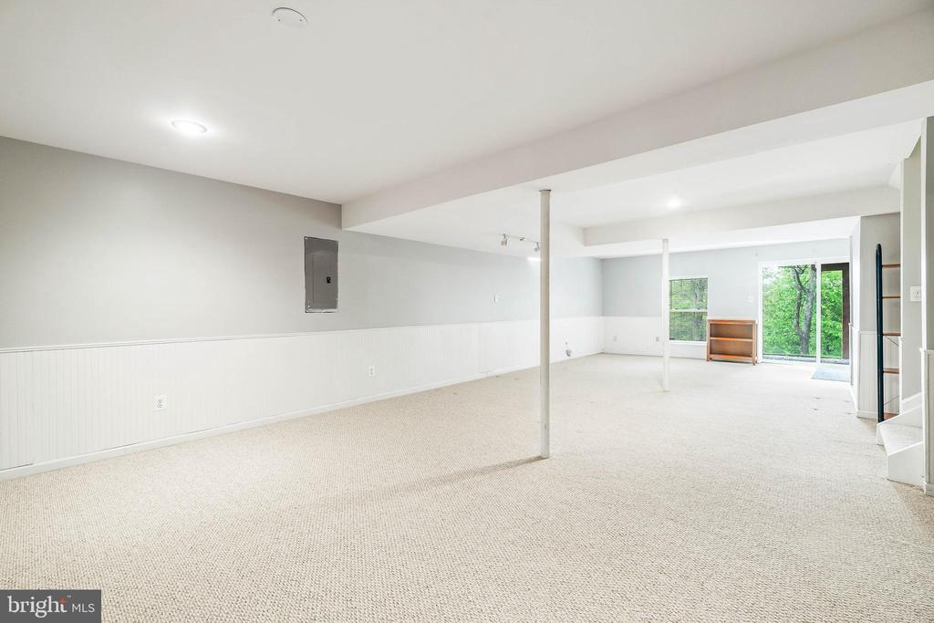 Recreation Room - 612 PATRICE DR SE, LEESBURG