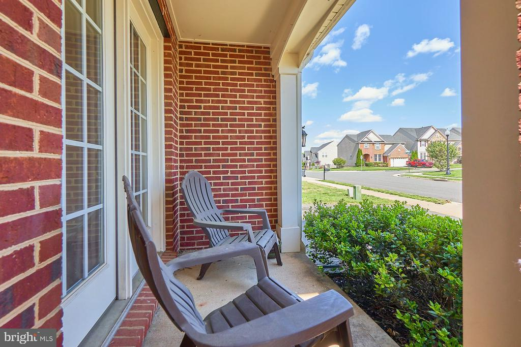 Front Porch - 13944 BARRYMORE CT, GAINESVILLE