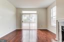 Family Room with Large sliding Door - 44257 MOSSY BROOK SQ, ASHBURN