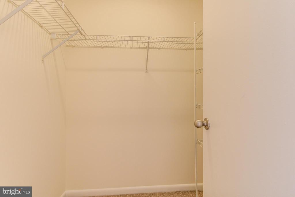 Master Bedroom Walk-in Closet - 44257 MOSSY BROOK SQ, ASHBURN