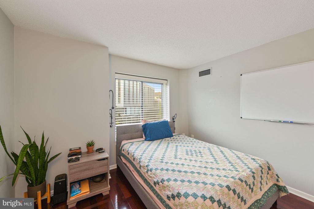 Bedroom - 2nd view. - 2111 WISCONSIN AVENUE, NW #420, WASHINGTON