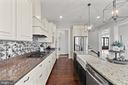 Kitchen - 35543 GREYFRIAR DR, ROUND HILL