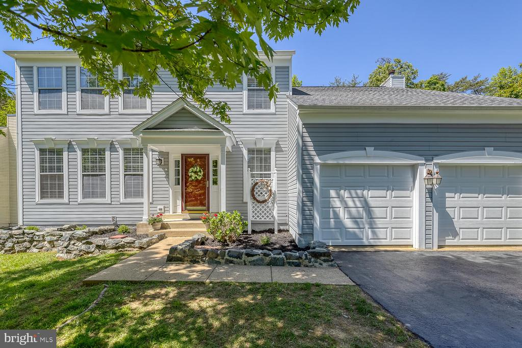 Welcome Home! - 40 BLOSSOM WOOD CT, STAFFORD