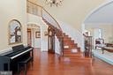 Foyer with open staircase - 9903 S HARRIS FARM RD, SPOTSYLVANIA