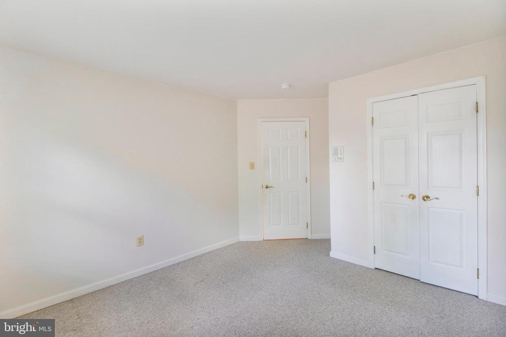 bedroom 2 - 15302 SWEETRIDGE RD, SILVER SPRING