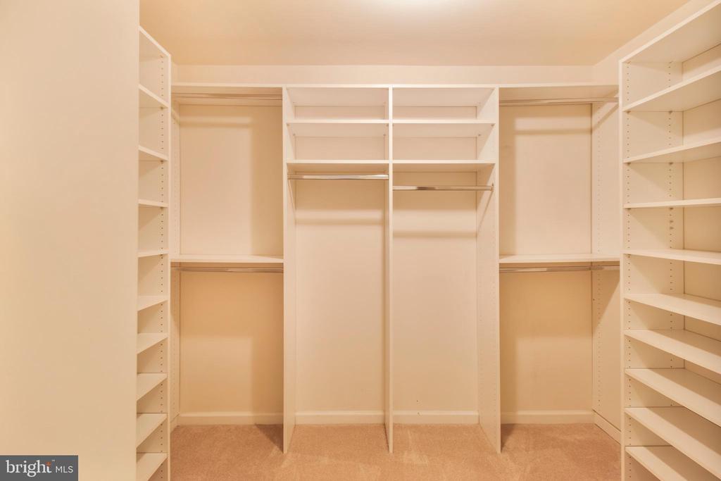 walk-in closet - 15302 SWEETRIDGE RD, SILVER SPRING