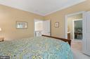 Bedroom 3 with Bath Access & Walk-in Closet - 11500 TURNING LEAF CT, SPOTSYLVANIA