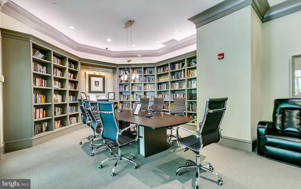 Lobby Level Conference room - 851 N GLEBE RD #115, ARLINGTON