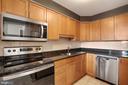 - 1301 N COURTHOUSE RD #1808, ARLINGTON
