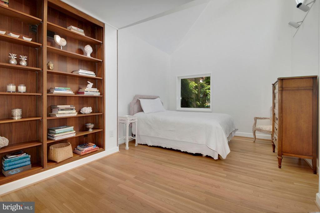 Bedroom #3 - 3033 WEST LANE KEYS NW, WASHINGTON