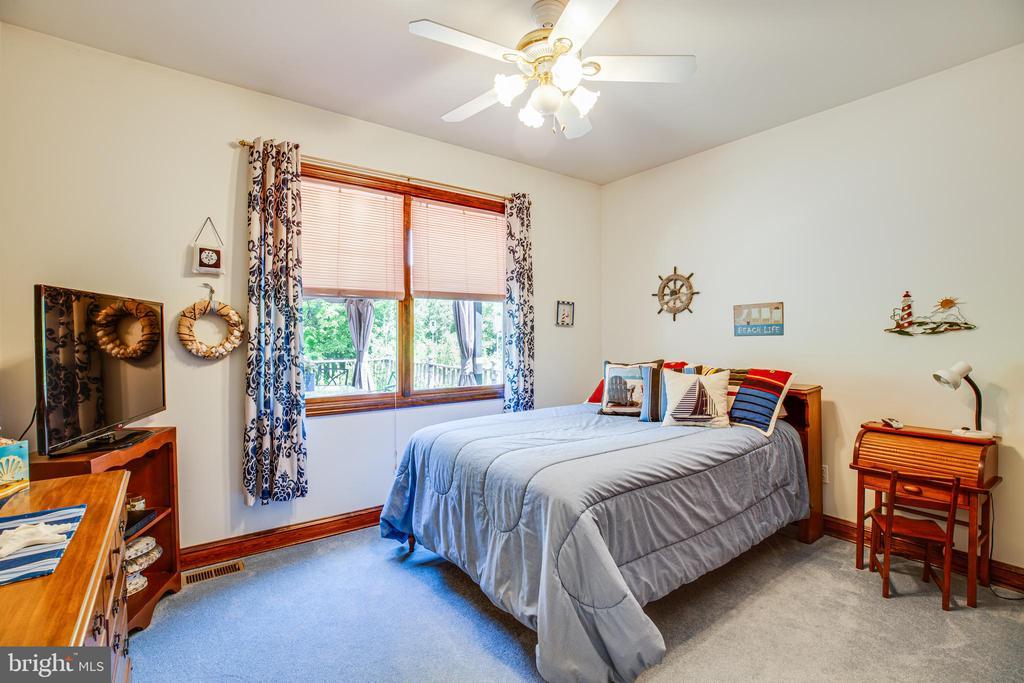Bedroom 2 - 6559 OVERLOOK DR, KING GEORGE