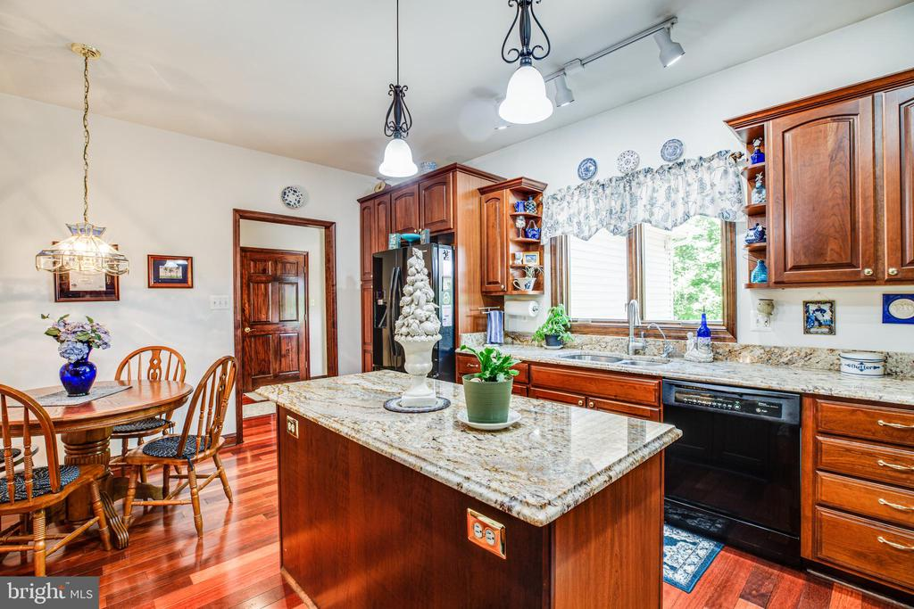 Eat-in Kitchen - 6559 OVERLOOK DR, KING GEORGE