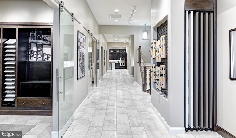 Home Gallery Options - HIBISCUS DR, STAFFORD