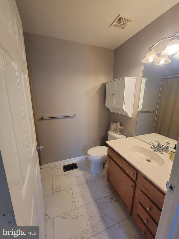 2nd Spacious Master Bedroom En Suite - 11755 TOLSON PL #11755, WOODBRIDGE