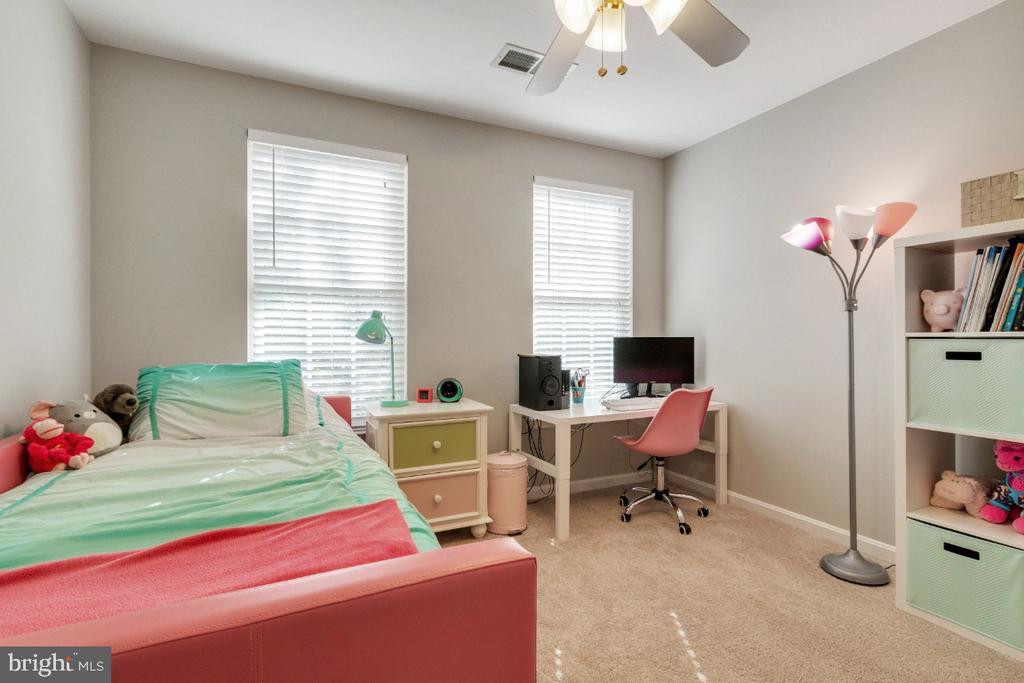 Secondary Bedroom - 25554 DABNER DR, CHANTILLY