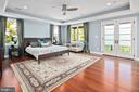 Primary bedroom suite with private balcony - 2507 11TH ST N, ARLINGTON