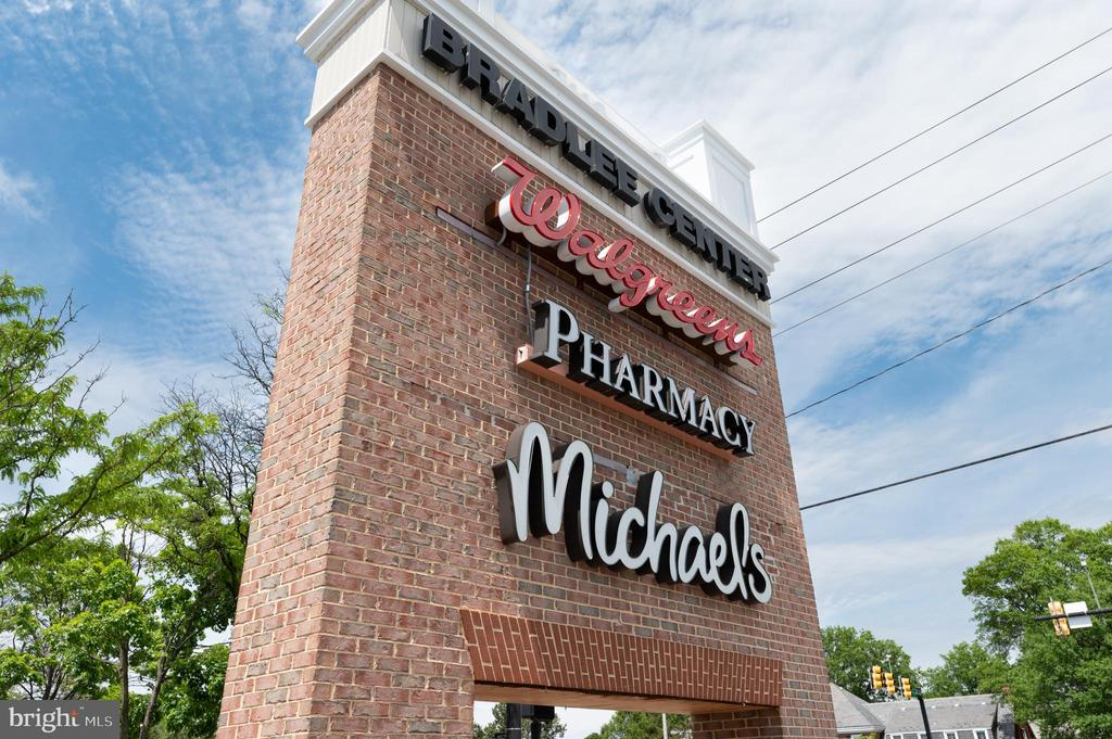 Near by Bradlee Shopping Center - 3543 S STAFFORD ST #A, ARLINGTON