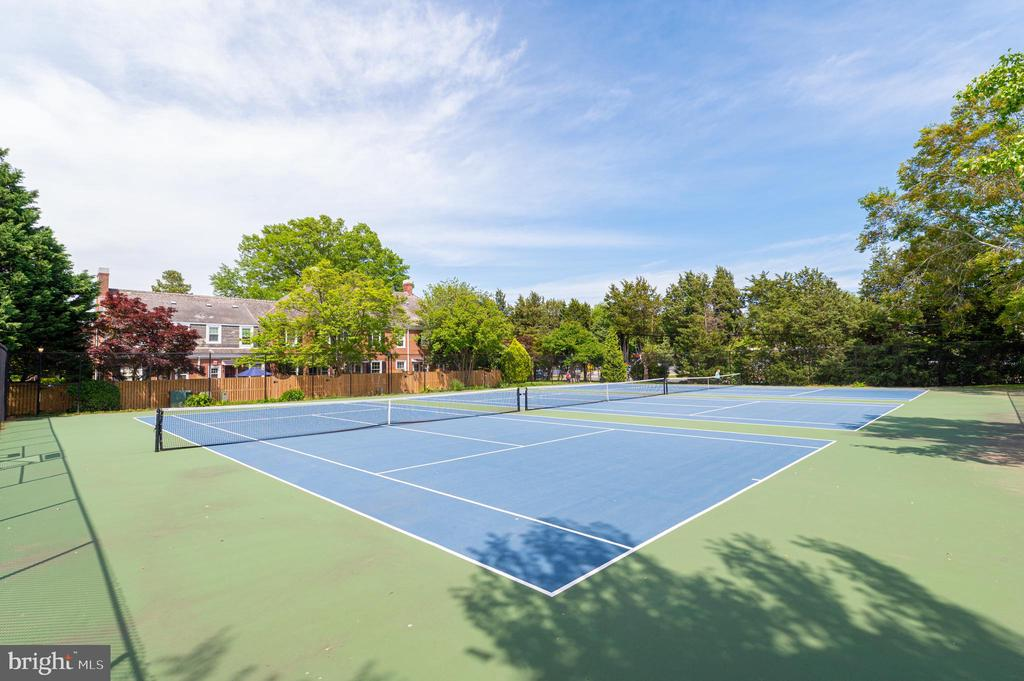 Community Tennis Courts - 3543 S STAFFORD ST #A, ARLINGTON