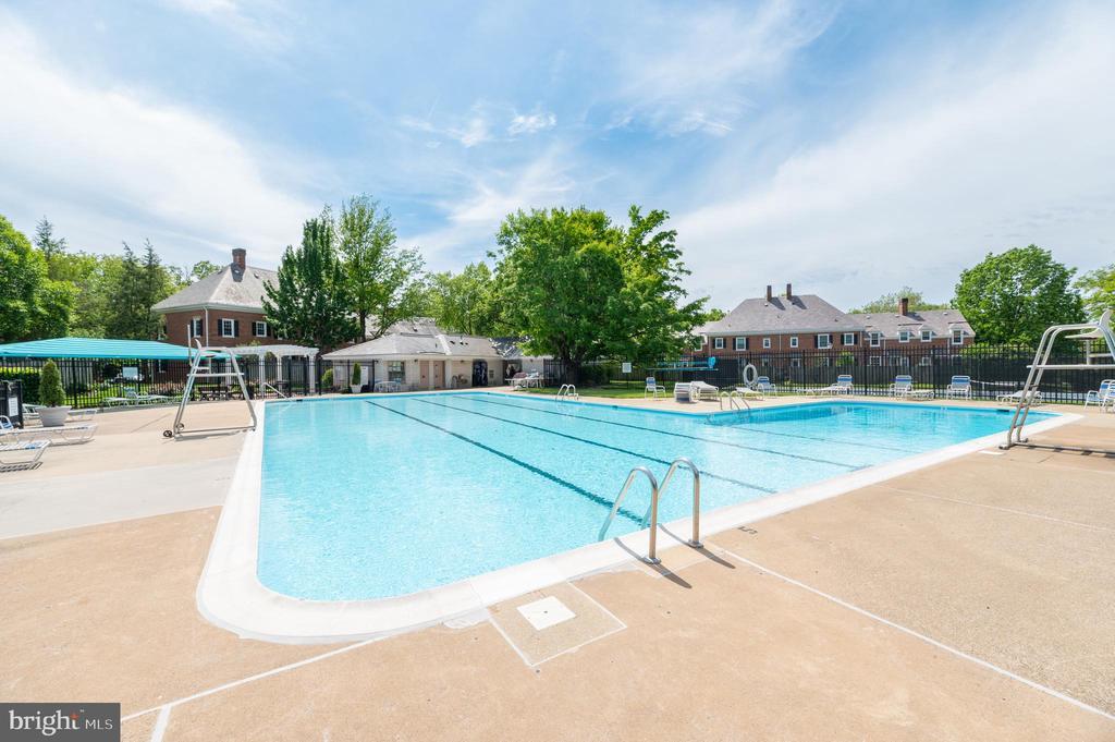 Community  Pool - 3543 S STAFFORD ST #A, ARLINGTON