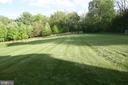 Private rear yard - 25103 HIGHLAND MANOR CT, GAITHERSBURG