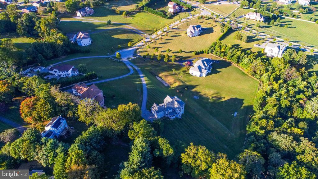 Aerial view of community - 25103 HIGHLAND MANOR CT, GAITHERSBURG