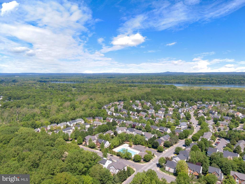 Aerial views of Rivercrest - 47273 OX BOW CIR, STERLING