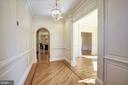 Entry Hall - 3823 N RANDOLPH CT, ARLINGTON