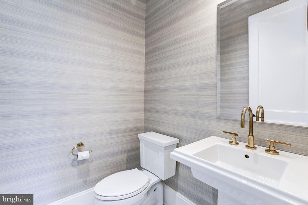 Guest House Half Bath - 8905 HOLLY LEAF LN, BETHESDA
