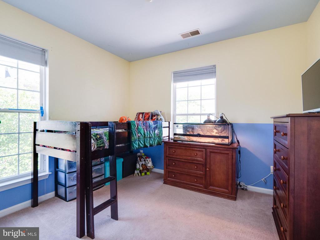 Second bedroom - 25300 LAKE MIST SQ #205, CHANTILLY