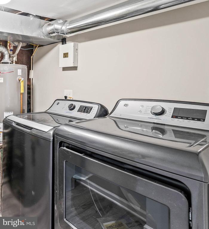 washer/dryer - 1003 FLORIDA AVE NE, WASHINGTON