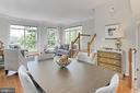 BIG BEAUTIFUL WINDOWS ON 2 SIDES!! - 20428 HOMELAND TER, ASHBURN
