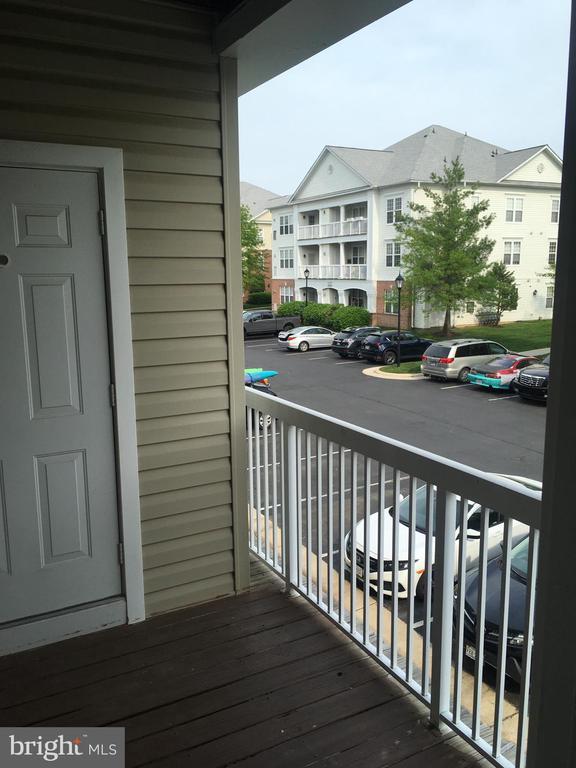 Very private balcony - 22664 BLUE ELDER TER #202, BRAMBLETON