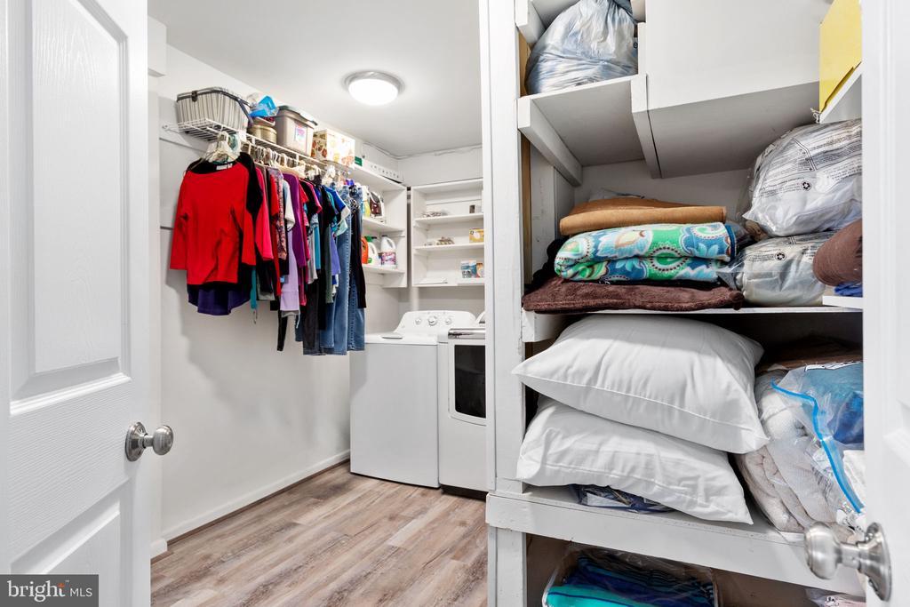Laundry - 8121 RONDELAY LN, FAIRFAX STATION