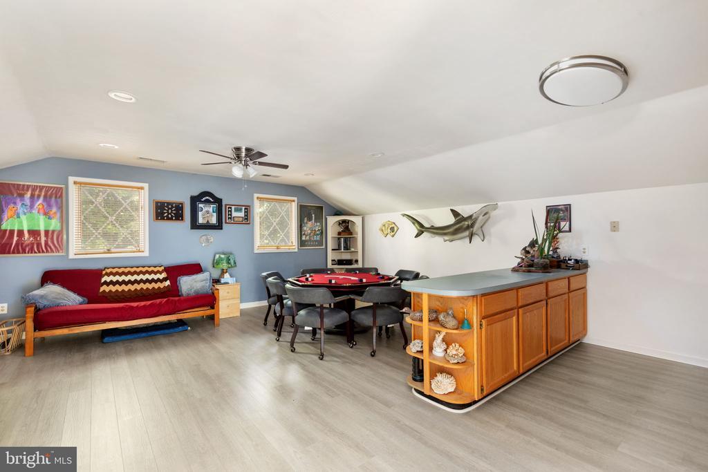 Apartment above garage - 8121 RONDELAY LN, FAIRFAX STATION