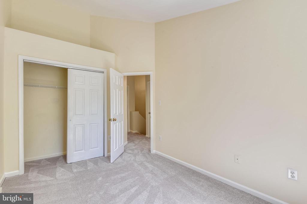 Bedroom #3 - 21657 FRAME SQ, BROADLANDS