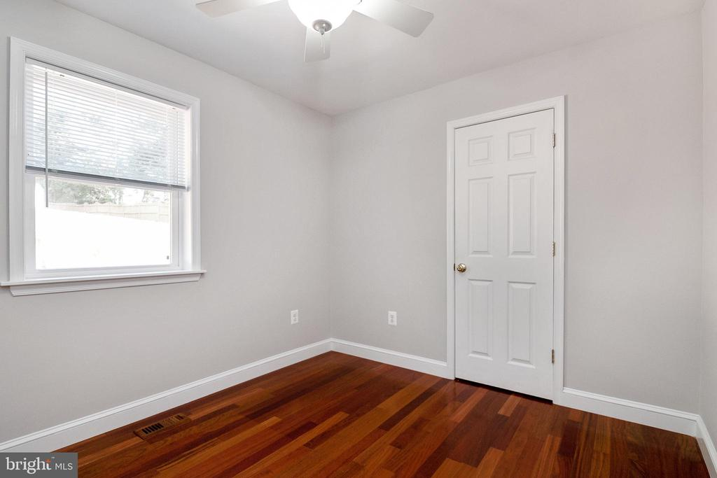 2nd Bedroom - 19220 LIBERTY MILL RD, GERMANTOWN