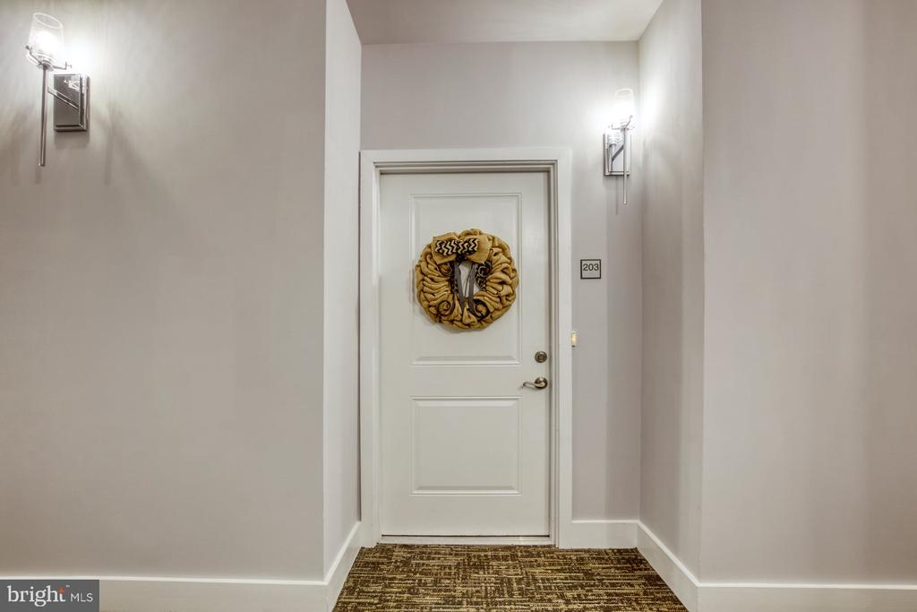 Make THIS Your Home - 43095 WYNRIDGE DR #203, BROADLANDS