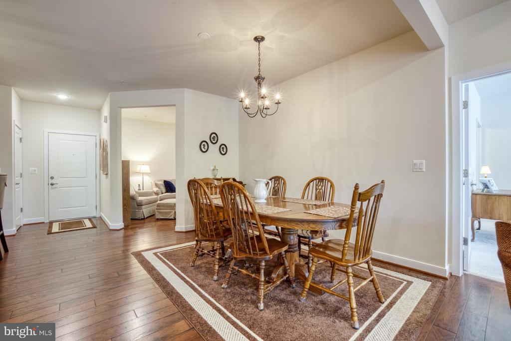 Dining Room is Conveniently Located Near Kitchen - 43095 WYNRIDGE DR #203, BROADLANDS