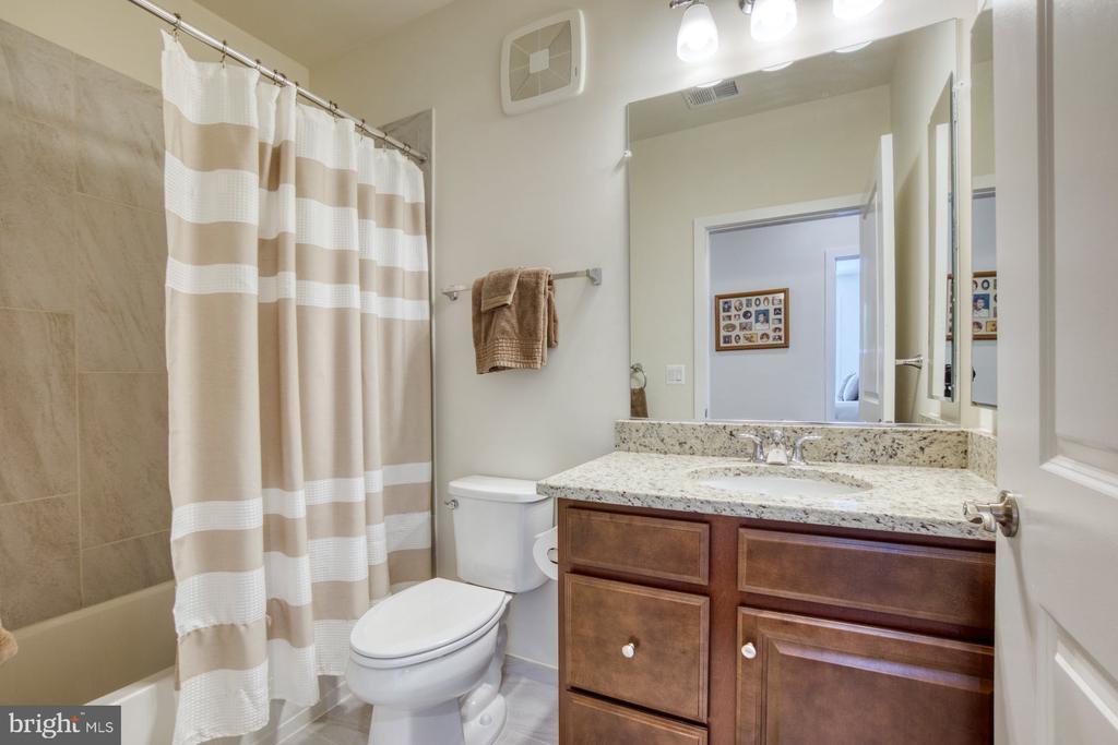 Second Full Bathroom with Tub/Shower - 43095 WYNRIDGE DR #203, BROADLANDS