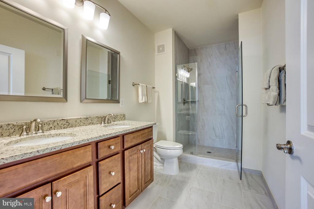 Primary Bathroom has Dual Sinks & Oversized Shower - 43095 WYNRIDGE DR #203, BROADLANDS
