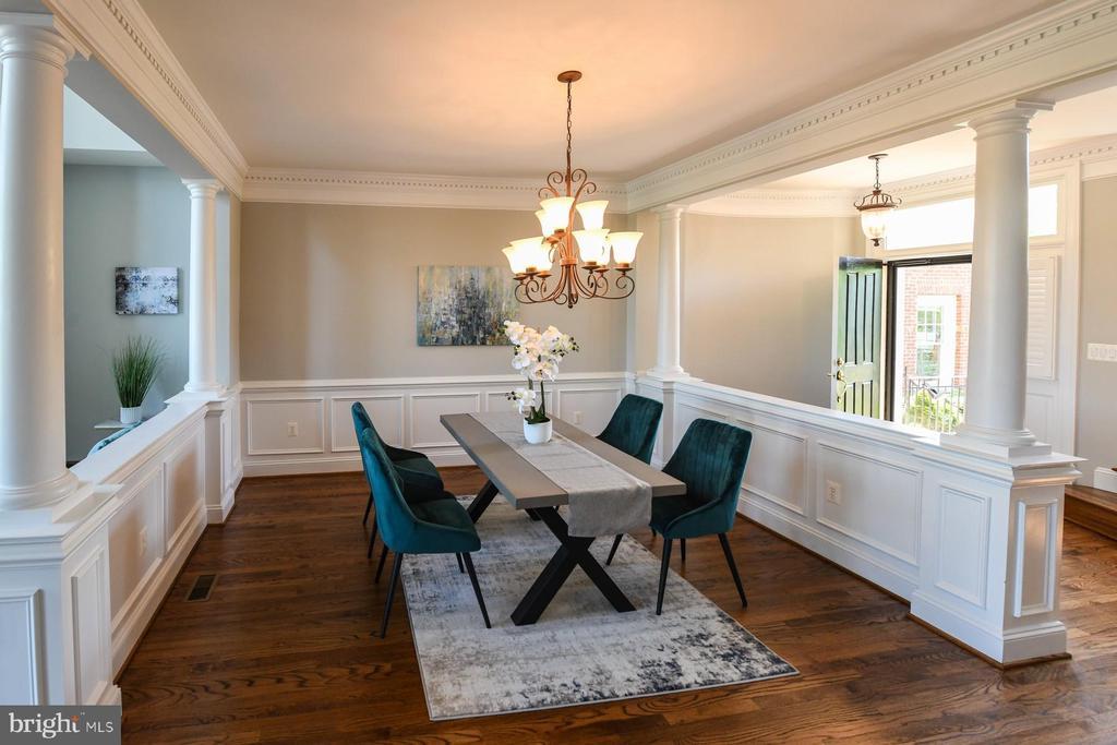 Dining room - 18302 FAIRWAY OAKS SQ NE, LEESBURG