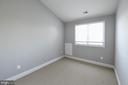 upper bedroom - 18302 FAIRWAY OAKS SQ NE, LEESBURG