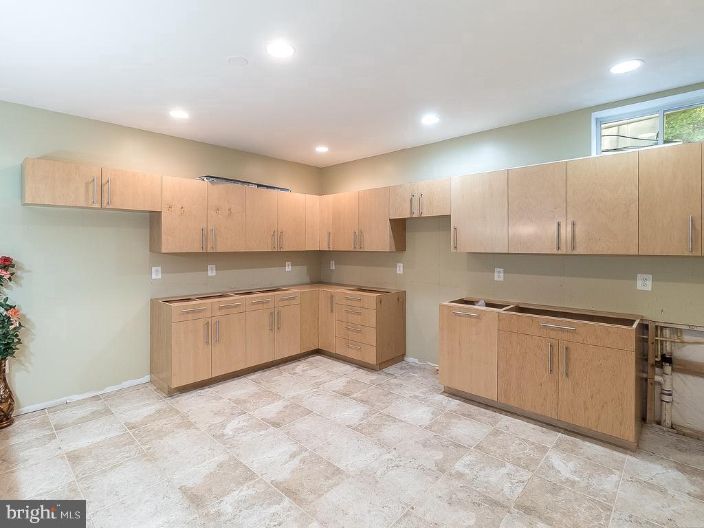 Storage Custom Cabinet Future Bar/Kitchen Plan - 12809 GLENDALE CT, FREDERICKSBURG