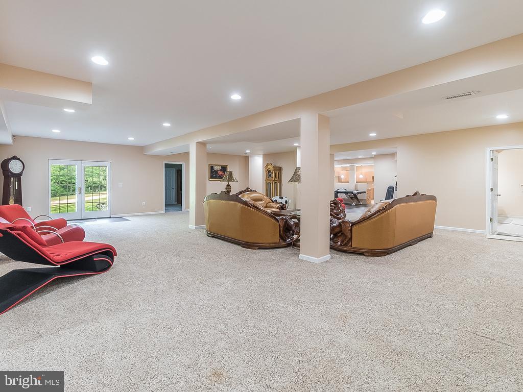 Combined area or Huge REC Room - 12809 GLENDALE CT, FREDERICKSBURG