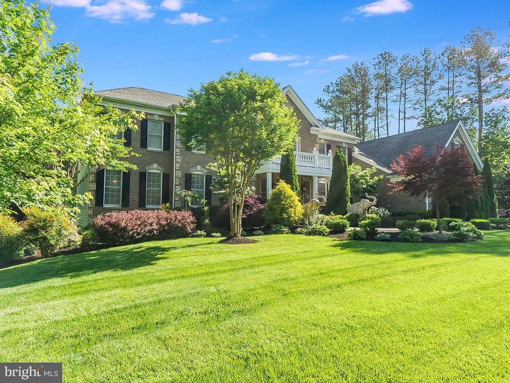 Front yard Garden - 12809 GLENDALE CT, FREDERICKSBURG