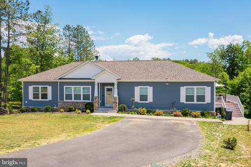 141 HICKORY HILL OVERLOOK CT