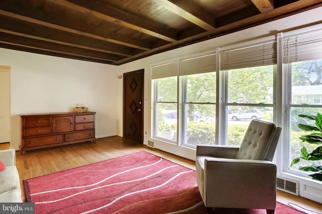Living Room with floor to ceiling windows - 2415 EVANS DR, SILVER SPRING