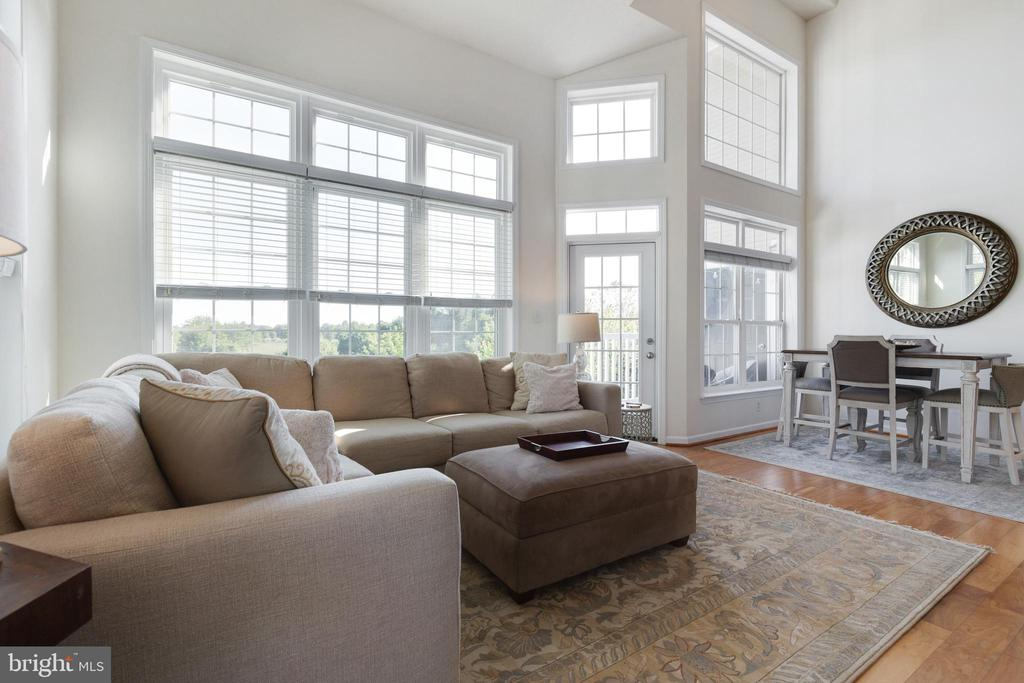 Open Concept - 505 SUNSET VIEW TER SE #308, LEESBURG