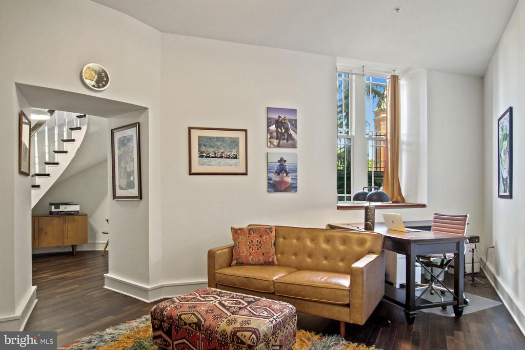 Home Office/Additional Bedroom - 609 MARYLAND AVE NE #1, WASHINGTON