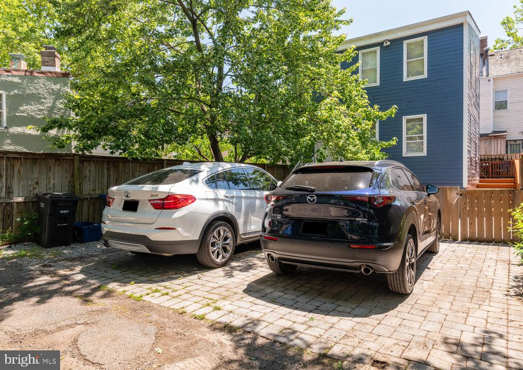 Parking (3 Spaces - 1 per unit) - 1007 QUEEN ST, ALEXANDRIA